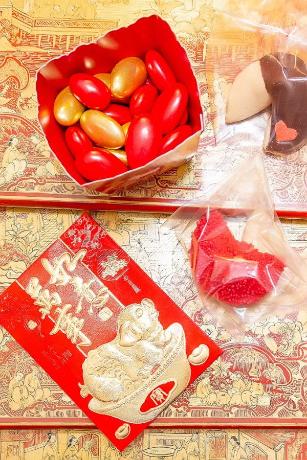 lunar new year red envelope
